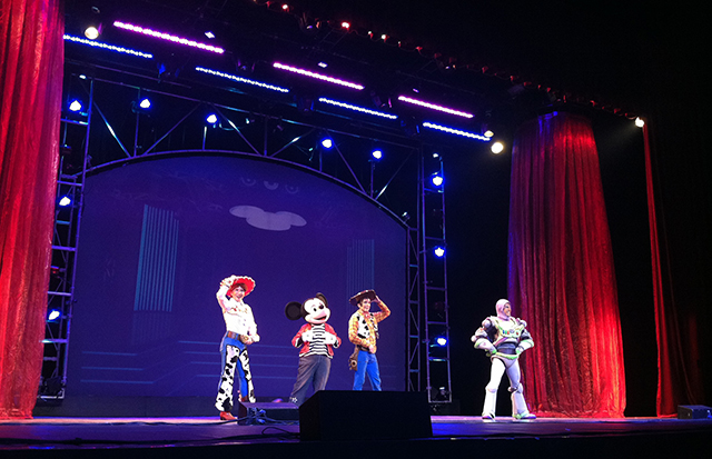 disney live mickey mouse little mermaid aladdin toy story kia theatre lifestyle mommy blogger www.artofbeingamom.com 13