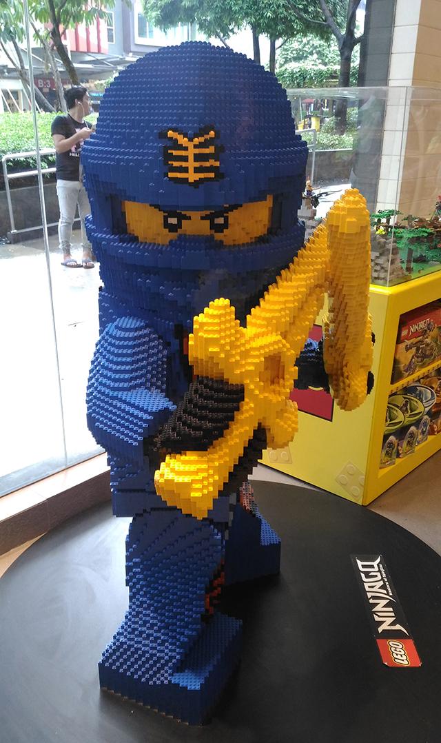 hobbes and landes lego corner bgc taguig lifestyle mommy blogger www.artofbeingamom.com 06