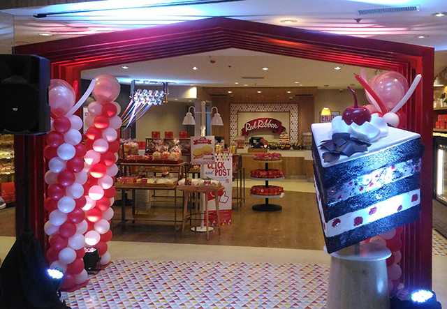 red-ribbon-flagship-store-sm-megamall-red-ribbon-bakery-red-ribbon-cake-lifestyle-mommy-blogger-philippines-www-artofbeingamom-com-01