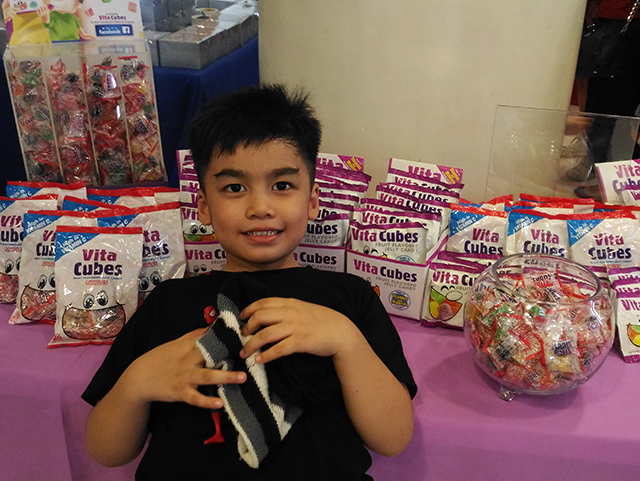 vita-cubes-candy-vita-cubes-jelly-candy-lifestyle-mommy-blogger-philippines-www-artofbeingamom-com-03