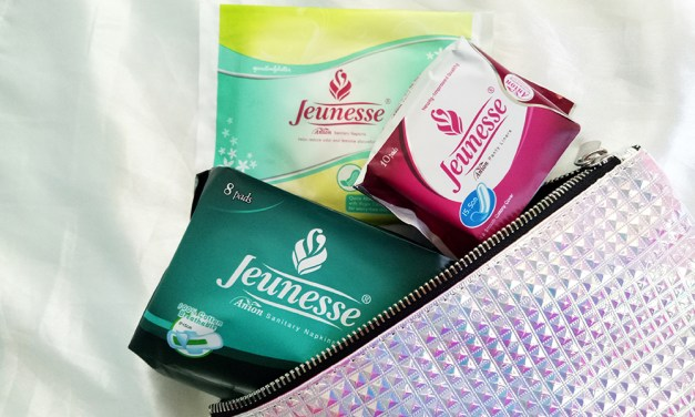 Jeunesse Anion Sanitary Napkins for Women on the Go