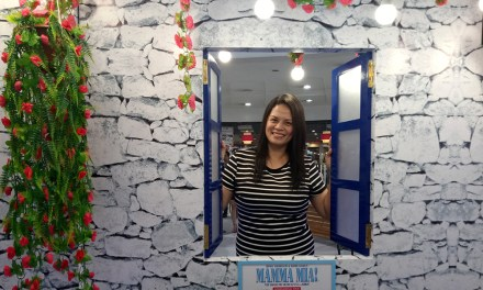 Robinsons Department Store and Visa Team Up for a Mamma Mia Manila Greece Raffle Promo