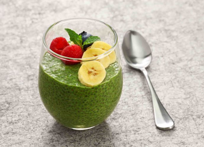 homemade matcha green tea chia seed pudding smoothie