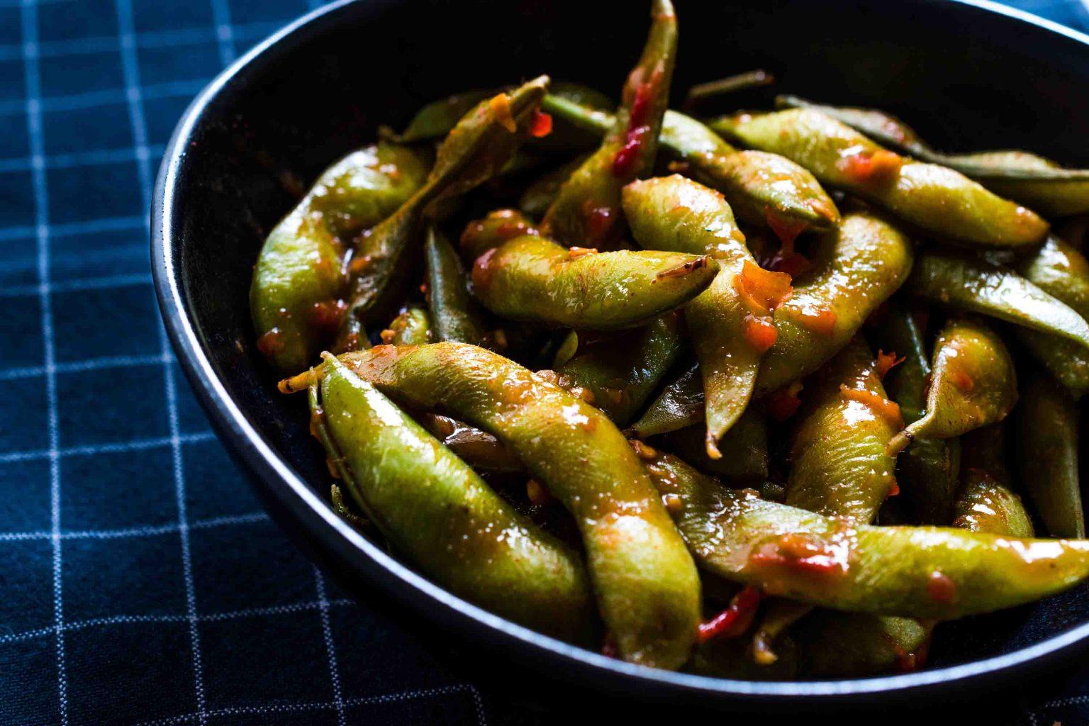 Spicy Edamame with Sambal Oelek sauce
