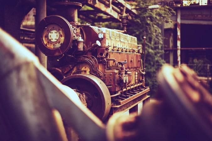 engine-3480737_1920