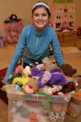 Donating Toys Before the Holidays with Help From Your Kids