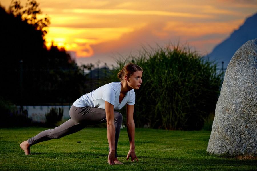 Yoga Anjaneyasana