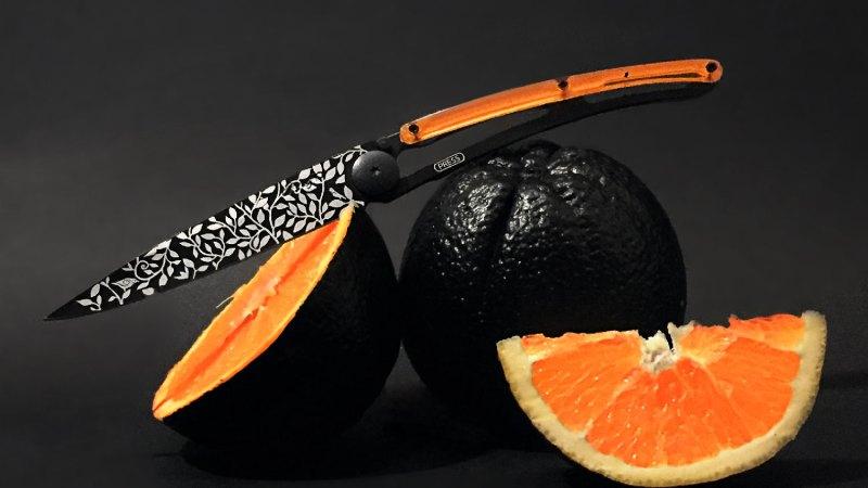 Deejo Black Style