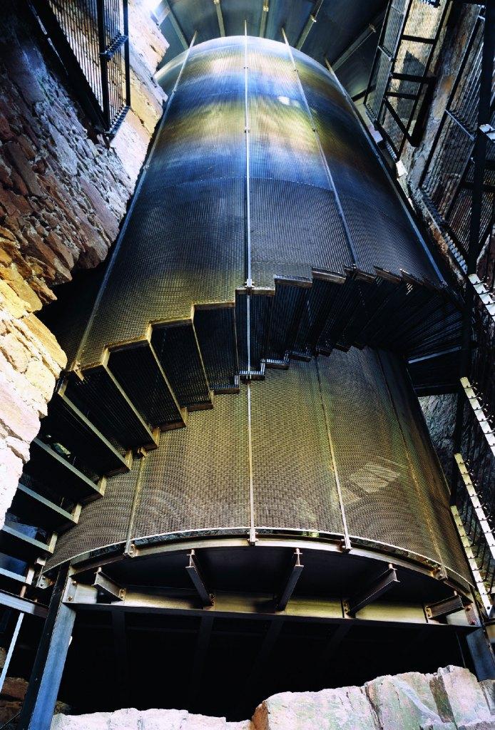 MMM_SCHLOSS-FIRMIAN-Stahlkonstruktion-Innen