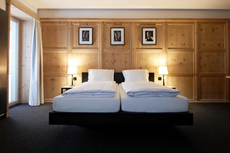 InsgIn der Pensiun Aldier warten 14 Doppelzimmer und 2 Suiten darauf, Ihnen ein paar Tage Behaglichkeit zu spenden.