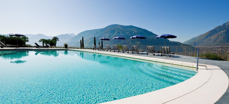 Hotel Castel Meran - Panoramafreibad