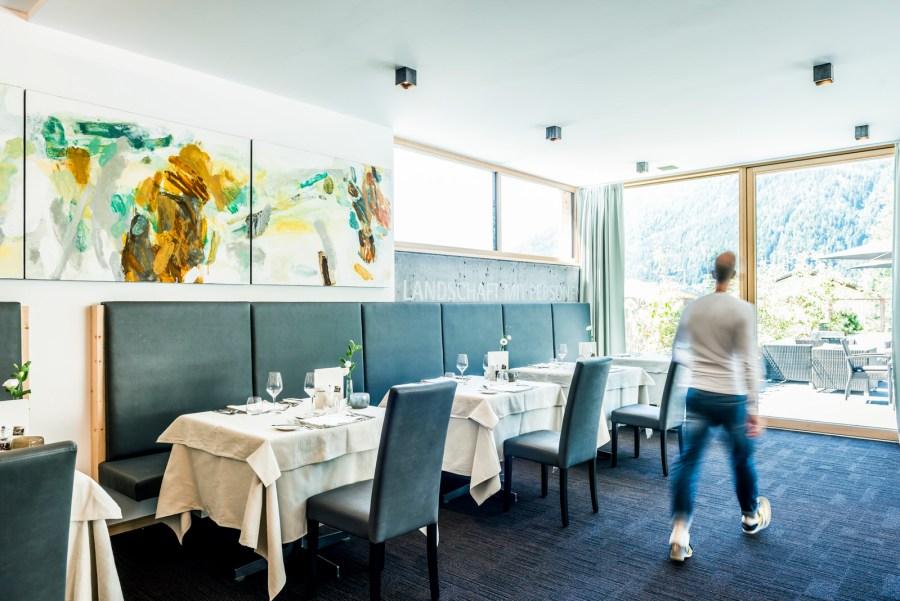 Alpin-mediterrane und lokal-traditionelle Gerichte zaubert das Küchenteam.