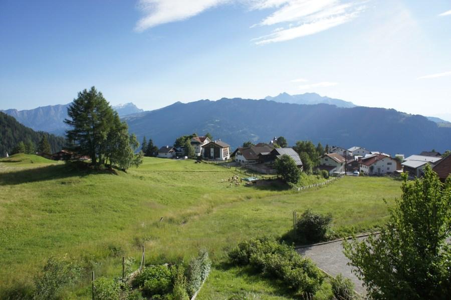 Aussicht auf Berg und Tal