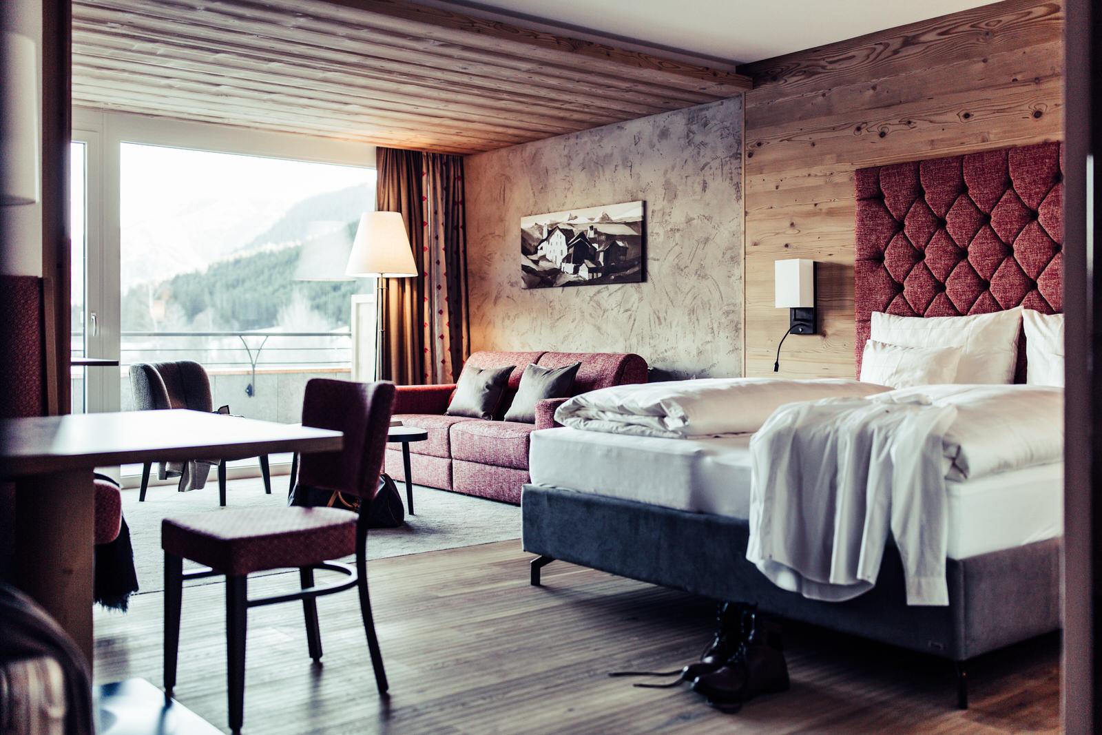 Gemütliche Atmosphäre und natürliche Materialien treffen auf alpines Feeling im Bio Hotel Bergzeit