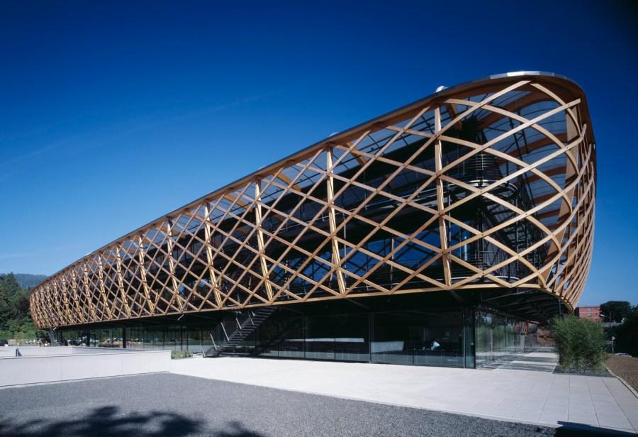 Verwaltungs- und Produktionscenter , Hugo Boss AG, Coldrerio, Schweiz. 2006. PROJEKT VON MATTEO THUN & PARTNERS