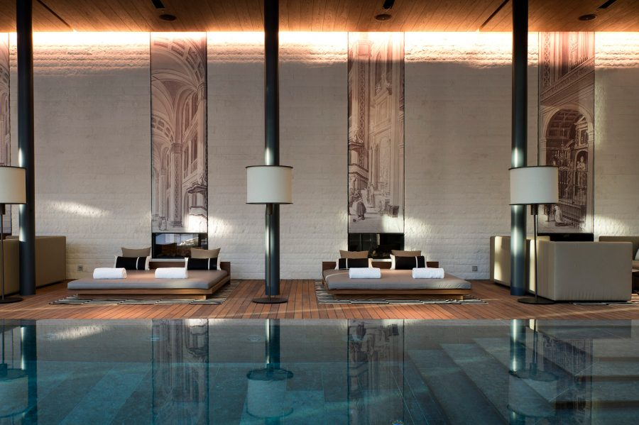 Indoor Pool Lounges