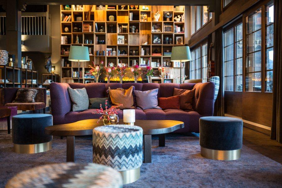 HUUS-lobby_living room by Stylt Trampoli