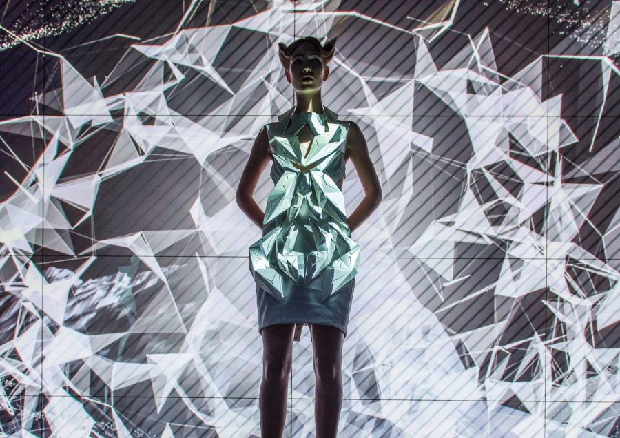 Audi meets Fashion – FashionTech designer Anouk Wipprecht designed four dresses, inspired by the Audi A4.