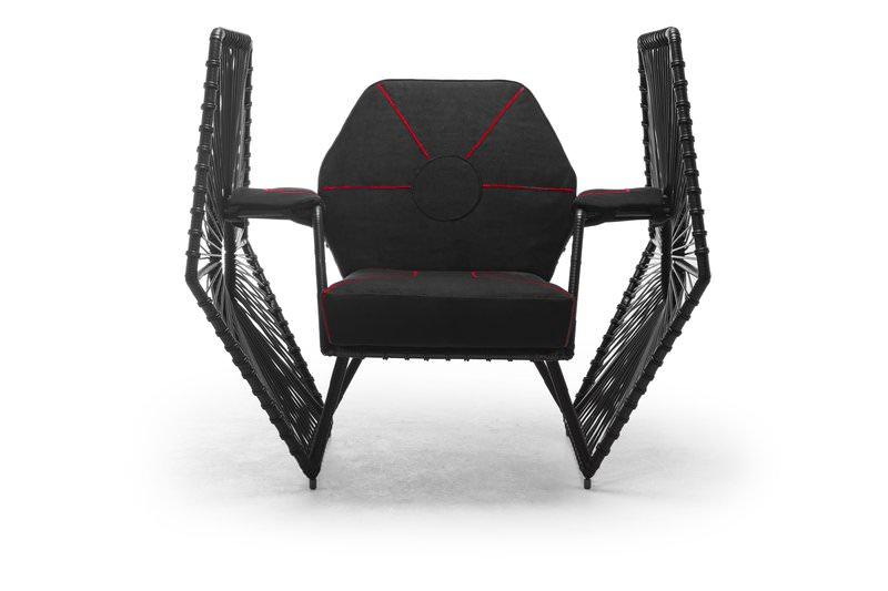 Imperial_Wings_Easy_Armchair
