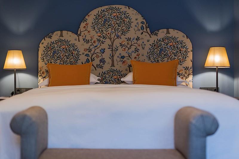 37 großzügigen, stilvolle Zimmer und Suiten im Unterschwarzachhof.