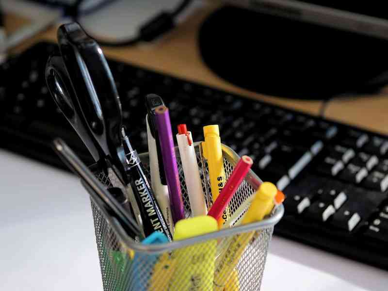 Ten Essential Online Tools for Creative Writers