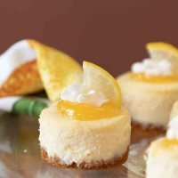 Lemon White Chocolate Mini Cheesecakes #SpringSweetsWeek