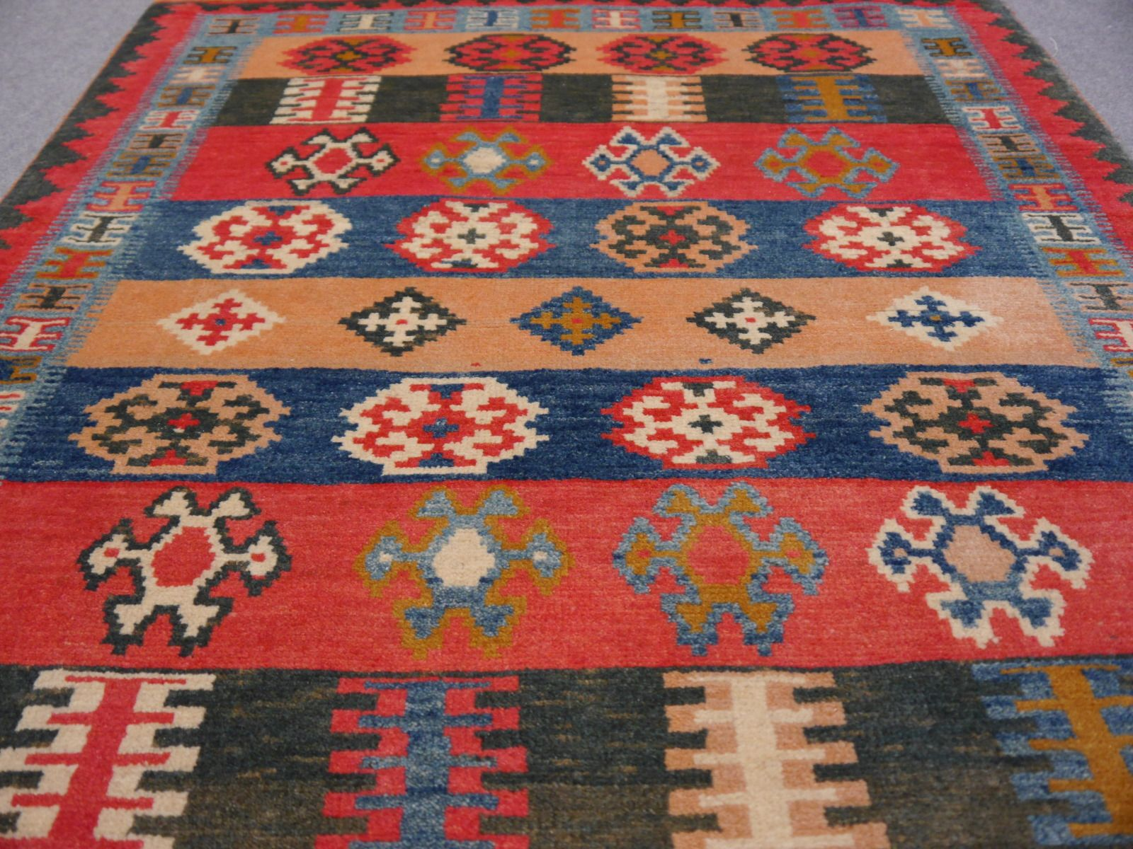 Tribal Persian Rug Loribaft