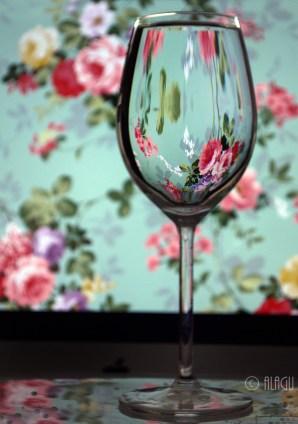 © ALAGU - Flower Reflection