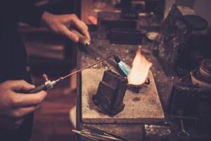 Crucible heating metal
