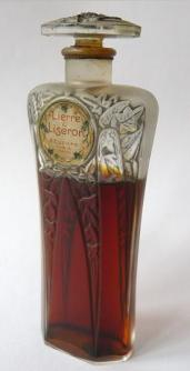 Antiga ampolla de perfum Lierre Liseron.