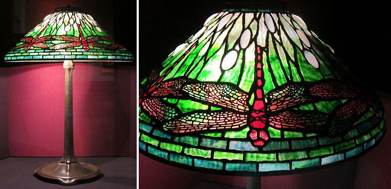 Lampe Libellule par Clara Driscoll pour Tiffany Studios. Vers 1910. Vitrail et bronze. Dayton Art Institute (domaine public).