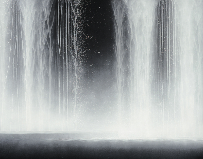 Hiroshi Senju, Waterfall 2009, Natural pigments on Japanese mulberry paper,   90.0 x 116.7 cm