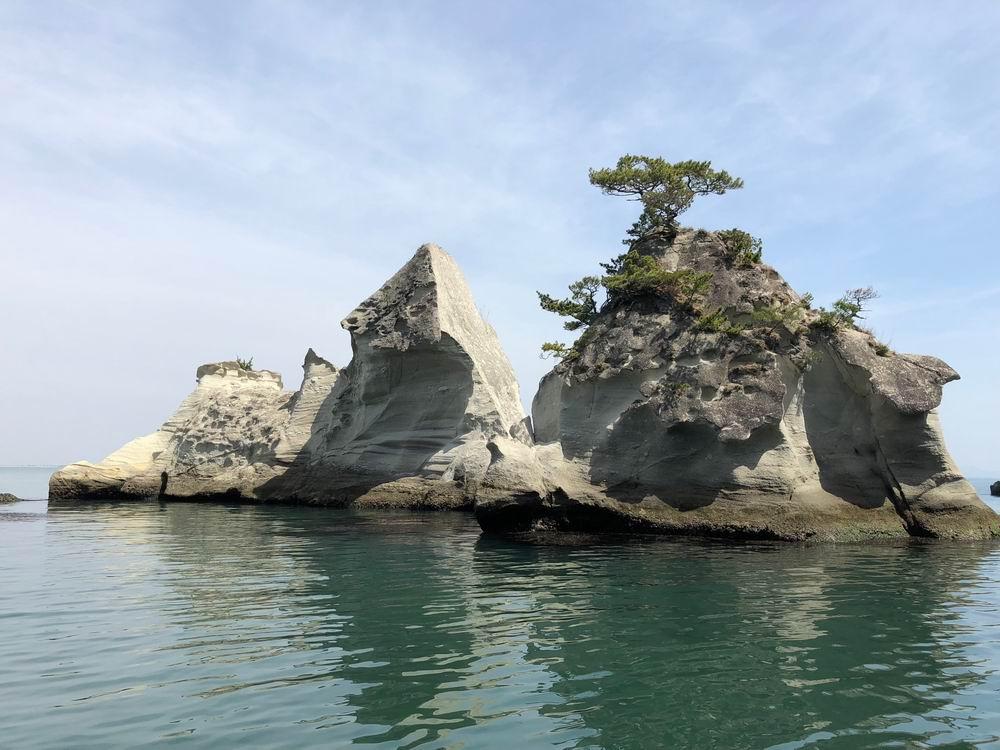 奥松島嵯峨渓の遊覧船からの写真