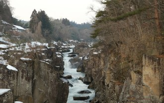 xt3で撮影した厳美渓の冬の風景写真