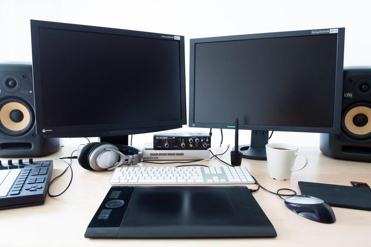 眼精疲労を予防!パソコンによる目の疲れを軽減する設定・対策方法4選