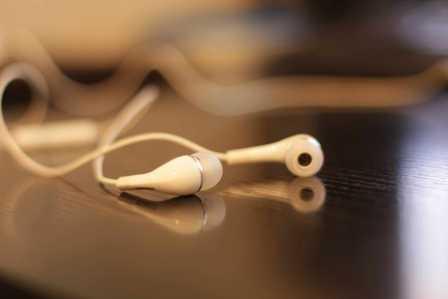 ワイヤレス最強!Bluetoothの無線イヤホンがおすすめの4つのメリット
