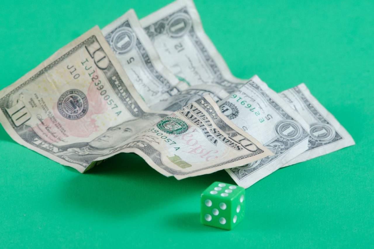全然勝てない!パチンコや競馬などのギャンブルで負けてしまう理由3選