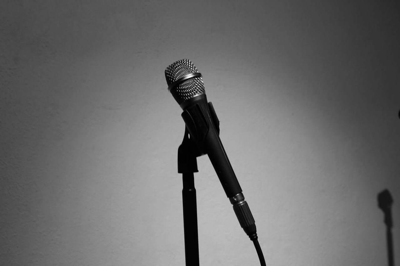 ガラガラ声を透き通ったきれいな声に!ダミ声を改善して治す方法6選