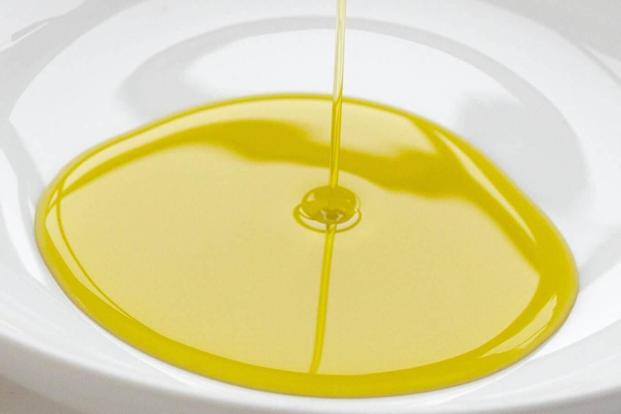 酸化を防ぐ!使用後の油を再利用するための保存の方法・コツ3選