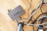 配線をすっきり!ケーブルやコードのきれいな整理・収納の方法やコツ4選