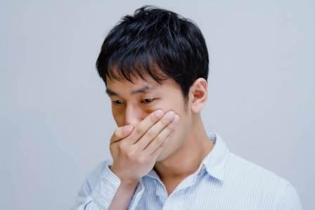 気付きにくい口臭をチェック!自分で口臭を確認するための方法3選