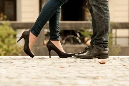 身長の差に注意!背が低い彼氏とのデートで気を付けるべき3つのこと