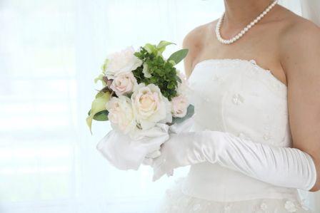 結婚式の前までに背中ニキビ・跡を治したい!エステのピーリングがおすすめ