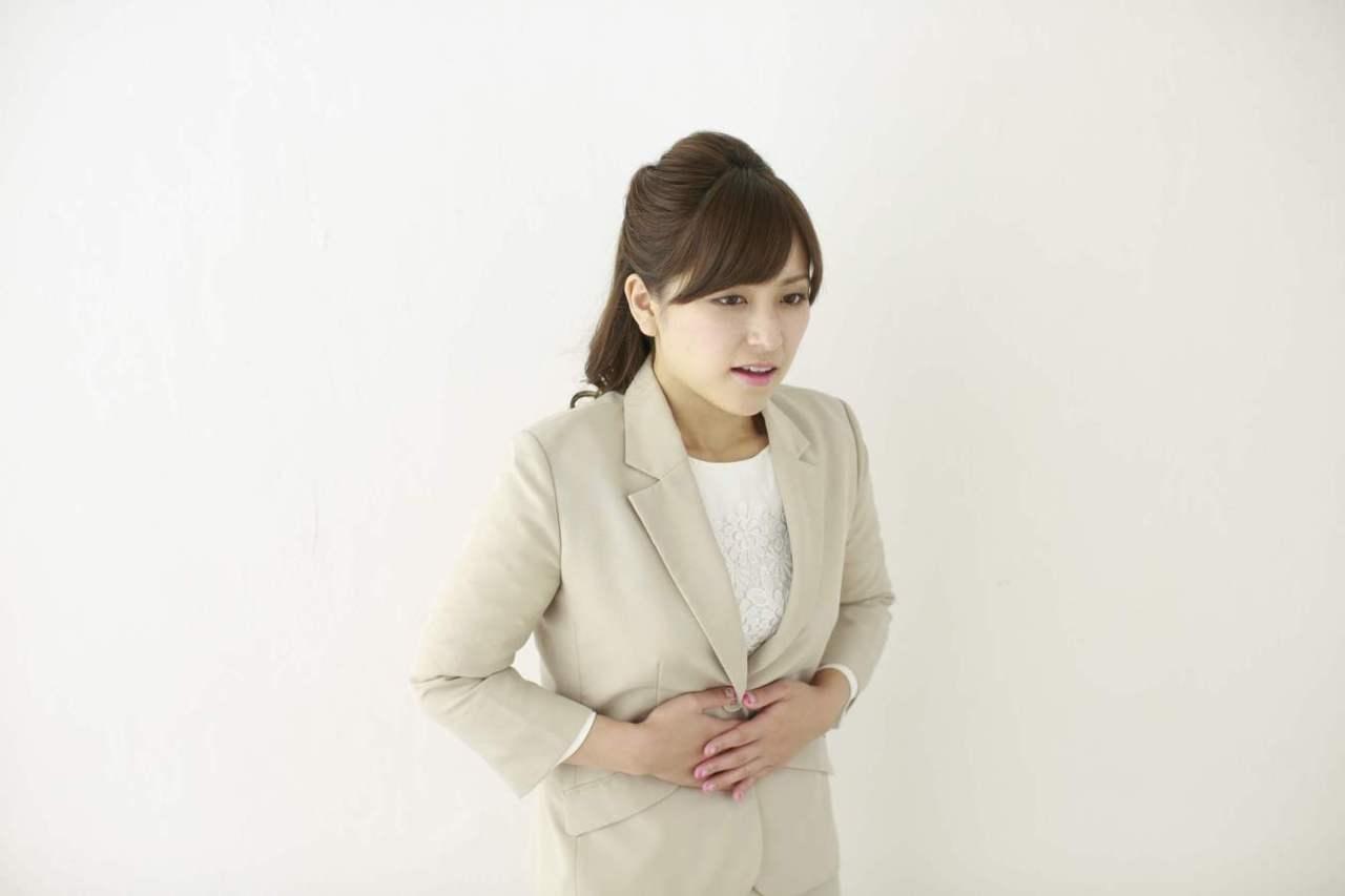 空腹で鳴るのを防ぐ!お腹が空いた時にお腹が鳴らないようにする対策方法5選