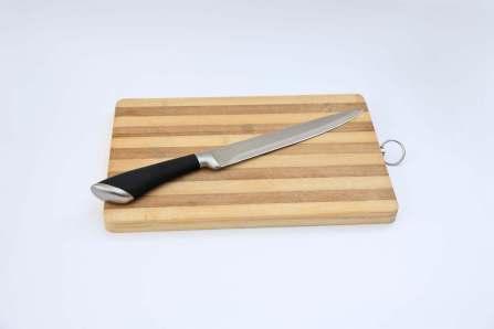 刃が欠けないように注意!包丁の刃こぼれの原因となる間違った使い方5選