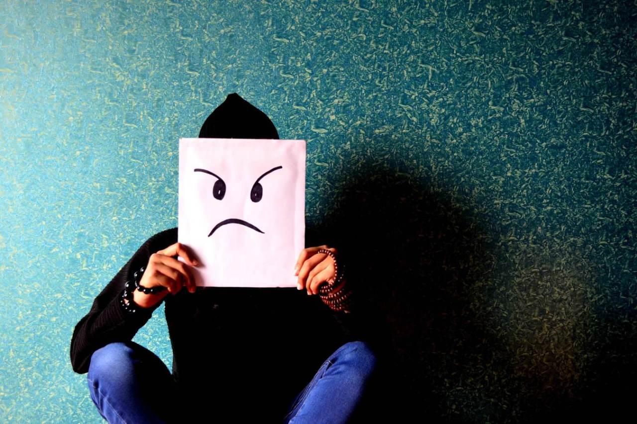 はやとちり!勝手に変な勘違いをして怒る人への対処法や付き合い方3選