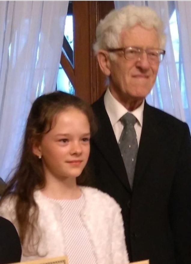 Na zdjęciu Ania Rusin z prof. Andrzejem Jasińskim podczas koncertu laureatów w Dworku Paderewskiego w Kąśnej Dolnej.