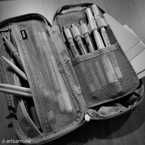 Packing tips to traveling lightly with Zentangle 2