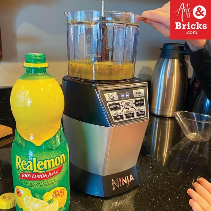 Learn how to make homemade dandelion playdough with your children using lemon juice. #playdoughrecipe #playdough #dandelion #flower #flowercrafts #forkids #flowerplaydough #nocook #nocreamoftartar #sensoryplay #homemade