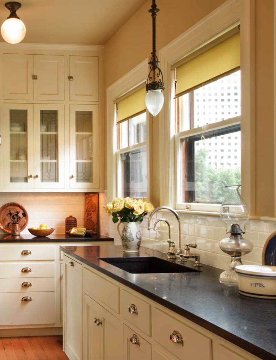 The Allure Of Arts Amp Crafts Kitchens Amp Baths Design For The Arts Amp Crafts House Arts